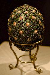 Яйцо Фаберже «Яйцо с решеткой и розами»