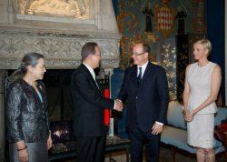 В апреле 2013 года в ходе рабочей поездки госсекретарь ООН Пан Ги Мун посетил Монако и поздравил с юбилеем Альбера II и его народ